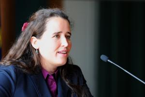 Suzana Lange erläutert den Prozess der Projektentwicklung auf EU-Ebene.